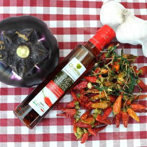 Olio Extravergine 100% Italiano Aromatizzato al Peperoncino - Ambientato